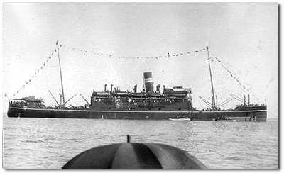 Karoa (BI 1915-1950), one of three Swan Hunter built, K class ships for the Bombay-East Africa/South Africa service, the first company ships designed specifically for the route. At 7,053 tons gross, Karoa had accommodation for 44 1st class, 64 2nd class and 1,471 deck passengers